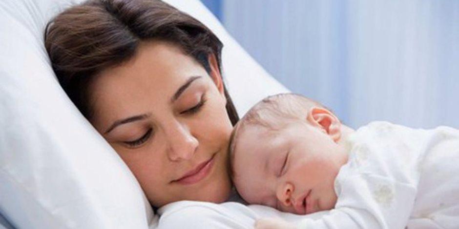 الغناء والموسيقى يساعدان المرأة التخلص من اكتئاب ما بعد الولادة