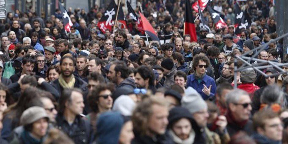 الانتخابات الفرنسية.. الشغب والاشتباكات تندلع ضد المرشحين (صور)