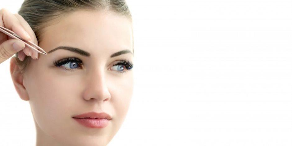 العين مفتاح الجاذبية.. طرق سهلة وبسيطة لإبراز جمال العينين