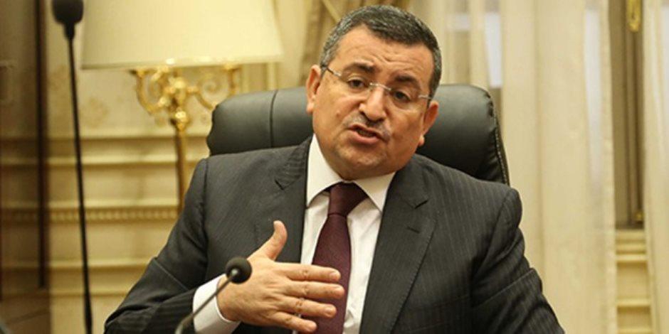 العاملون بالتليفزيون المصري يستغيثون بالرئيس السيسي بعد تصريحات أسامه هيكل
