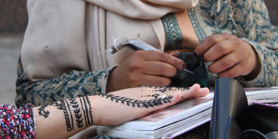 """للاحتفال بالعيد.. 6 رسومات شعبية """" للحنة """"  تعرفي عليها"""