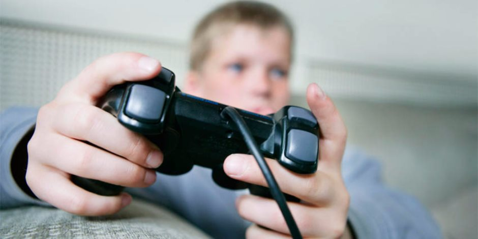 مصنفة كأحد الأمراض النفسية.. أعراض وطرق علاج إدمان ألعاب الفيديو