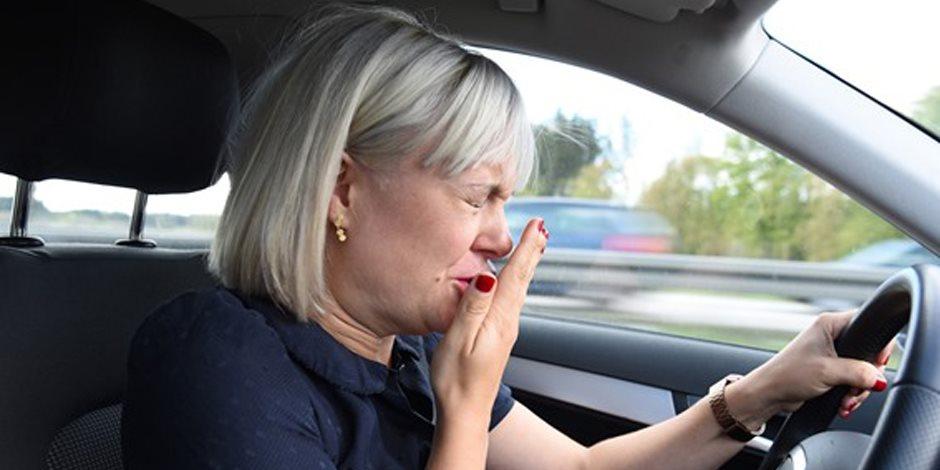 تحذير .. غلق الأنف أثناء العطس قد يؤدى إلى تمزق طبلة الأذن