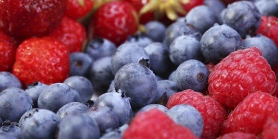 خبيرة تغذية فرنسية تنصح كبار السن بتناول ثمرة العنبية