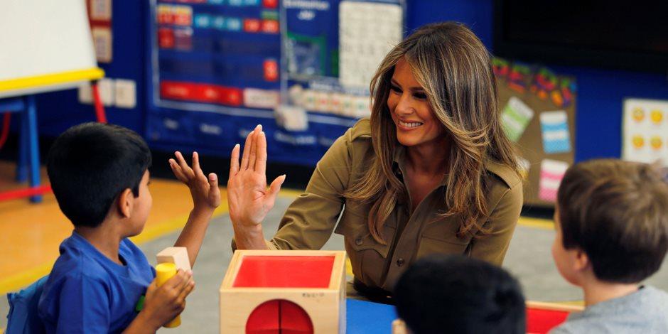 ميلانيا ترامب تحتفي بزيارتها للمدرسة الأمريكية بالسعودية على تويتر (صور)
