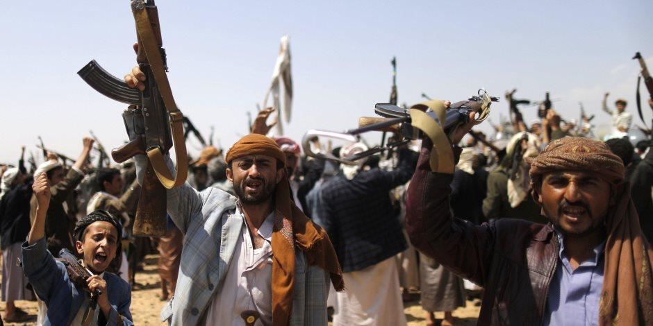 10 سفن في قبضة الحوثي.. منع دخول المساعدات تجويع لليمنيين أم تمويل للمليشيا؟