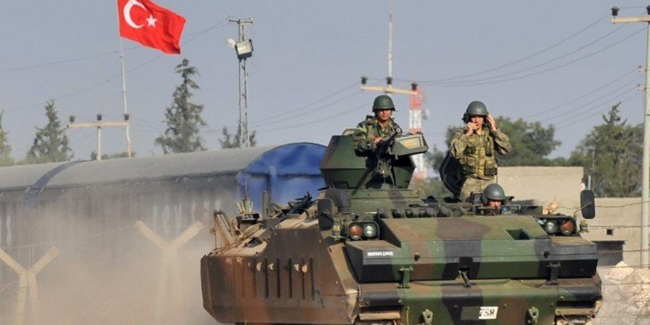 دبابات تركية تصوب مدافعها تجاه شمال العراق فى استعراض للقوة