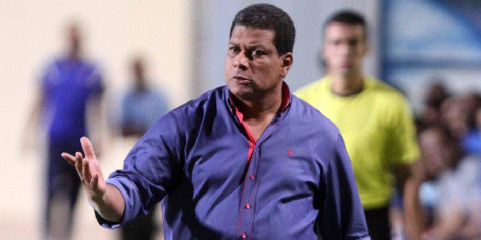 علاء عبد العال يطالب بطرد مشجع للداخلية من مباراة الطلائع
