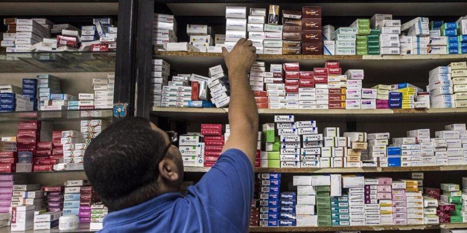 «الموت على أبواب الصيدليات».. تحقيق استقصائى يكشف: صيادلة يهددون حياة المرضى بوصف الأدوية وبيعها دون «روشتة» أو استشارة طبيب