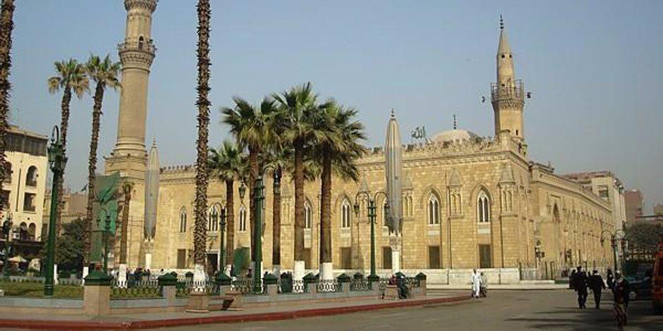 بعد تقصير الأئمة والعاملين في واجبهم الوظيفي.. «الأوقاف» تعلن موعد فتح مسجد الحسين للصلاة مرة أخرى