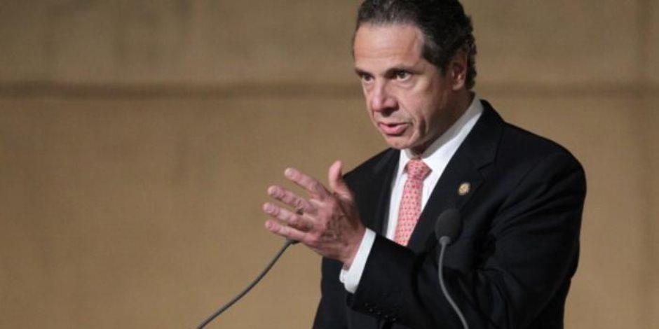 مطالبات شعبية أمريكية بتنحي حاكم نيويورك عن منصبه بعد تحرشه بالسيدات الخمس