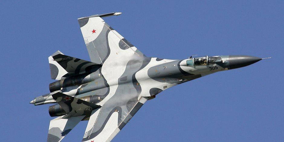 مقاتلات وقاذفات روسية تحلق فوق المحيط القطبي