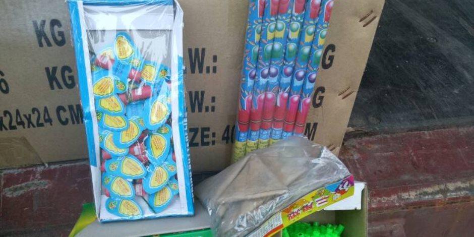 ضبط 47 ألف قطعة ألعاب نارية ضمن 54 قضية في سوهاج