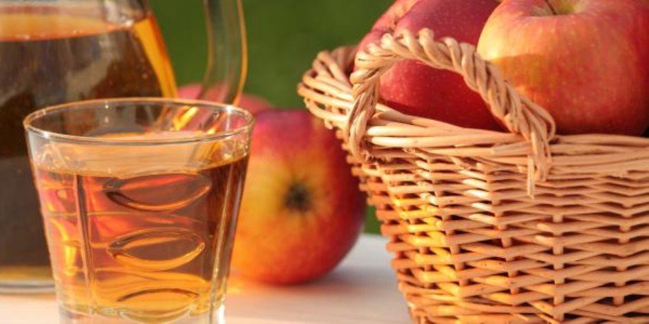 """""""بدأت الدنيا من تفاحة"""".. تعرف علي فوائد فاكهة الجنة وماذا تفعل في الجسم"""