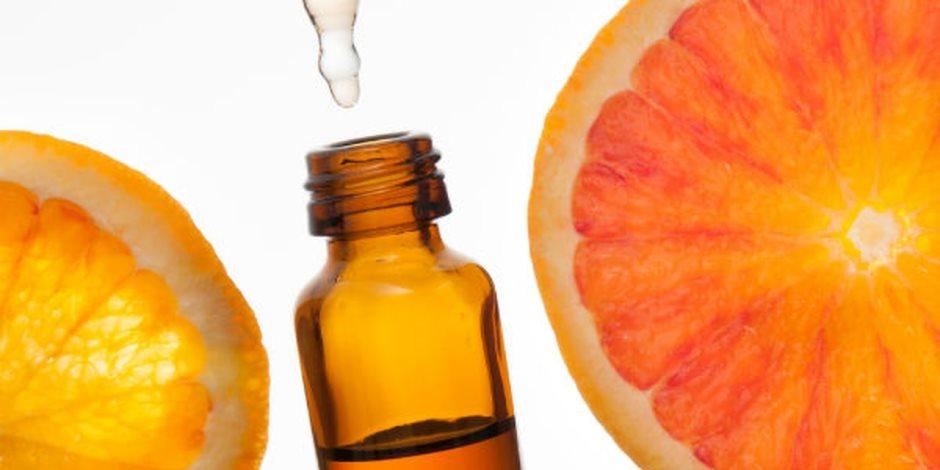 احترس من نقص فيتامين (c) في الجسم.. لو باقي على سنانك