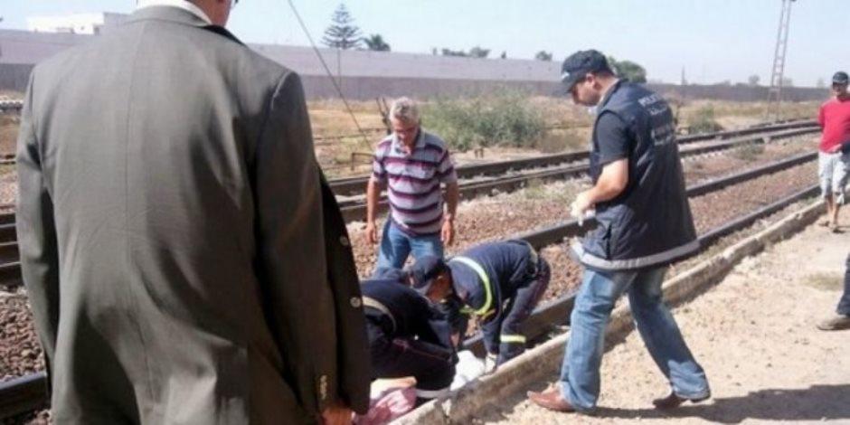 مصرع عامل وإصابة نجله أسفل عجلات القطار في الشرقية