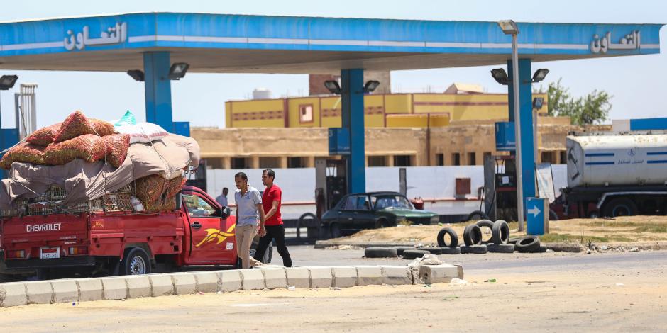 حملات أمنية في أنحاء الجمهورية لضبط ومنع تخزين «الوقود» في أول أيام العيد