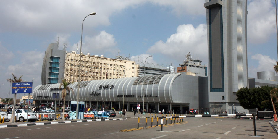350 معتمرا يغادرون القاهرة إلى الأراضي المقدسة لأداء مناسك العمرة