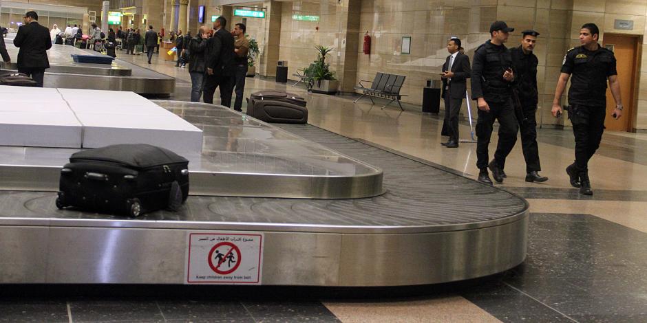مصادر بـ«الآثار» تؤكد: التماثيل المضبوطة مع أحد الركاب المصريين في المطار عادية