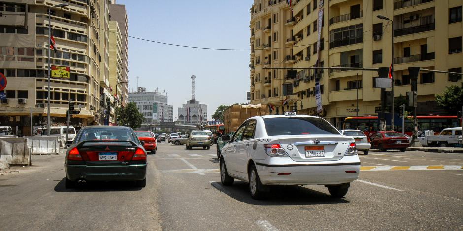 الحق مشوارك.. سيولة بحركة السيارات في شوارع وميادين القاهرة والجيزة