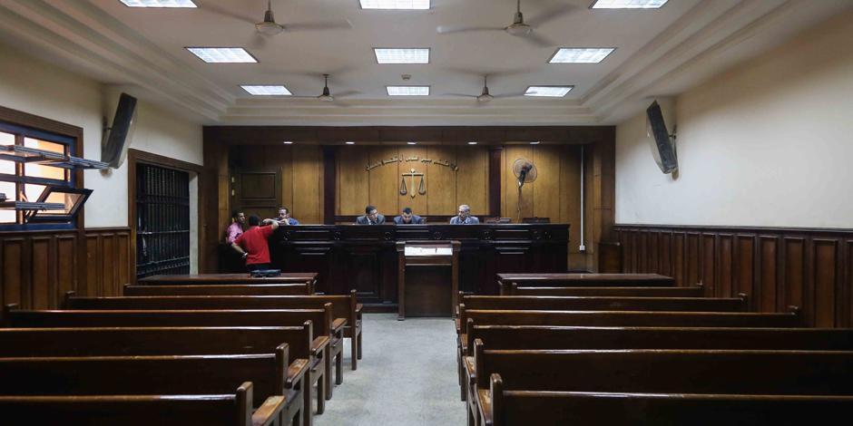 النيابة في محاكمة مستشار وزير المالية: جريمة ذوي الياقات البيضاء
