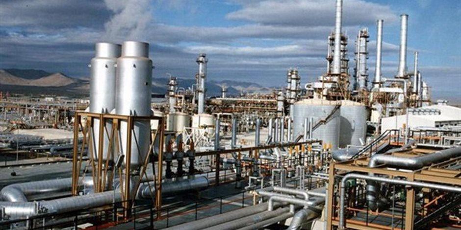 البتروكيماويات على رأس صناعات القيمة المضافة بوزارة البترول (تقرير)