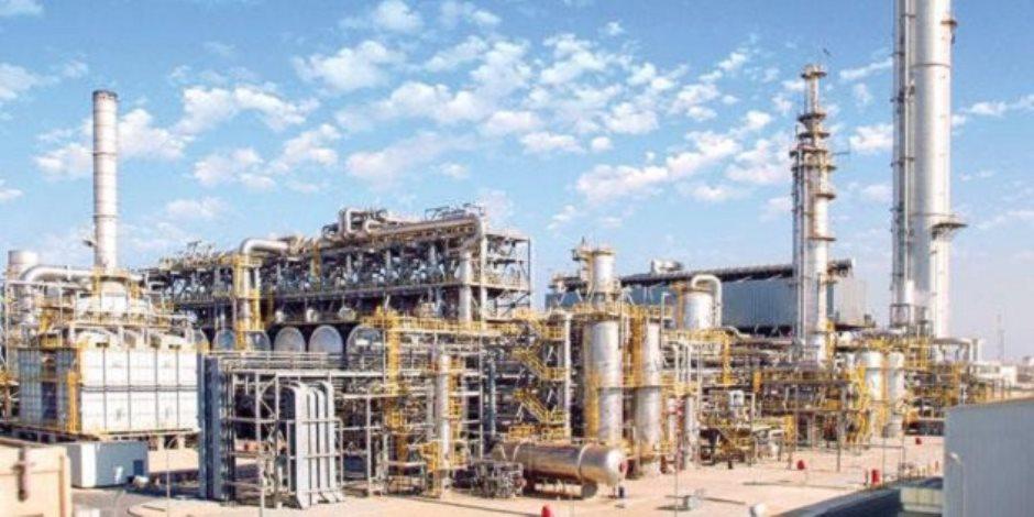 «ظهر» يضيء مصانع مصر.. تعرف على مستقبل البتروكيماويات «حصان قطاع البترول الأسود»