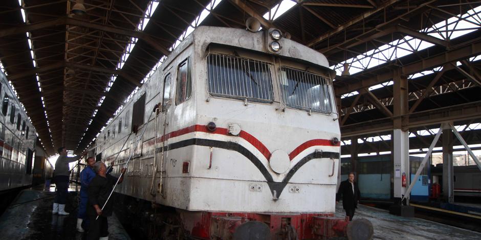 توقف قطار 983 الأسباني (أسوان- القاهرة) بعد تعدي شخصين على رئيسه بالسب