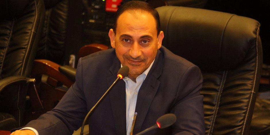 برلماني يعلن موافقته على مقترح استمرار ترقية شهداء الجيش والشرطة