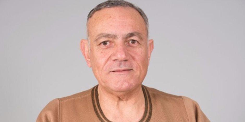 النائب محمد حلمى يفتح النار على هيثم الحريري
