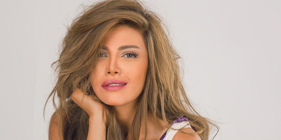 """""""أحلى مفاجأة من أحلى أخت"""".. ريهام حجاج تتلقى هدية من شقيقة زوجها بمناسبة مسلسلها الجديد (صور)"""