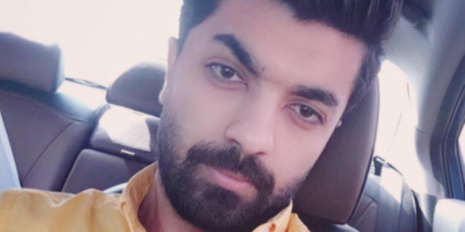 محمد عباس لمتابعيه: «فاضل يوم واحد على الحفلة.. مستعدين»