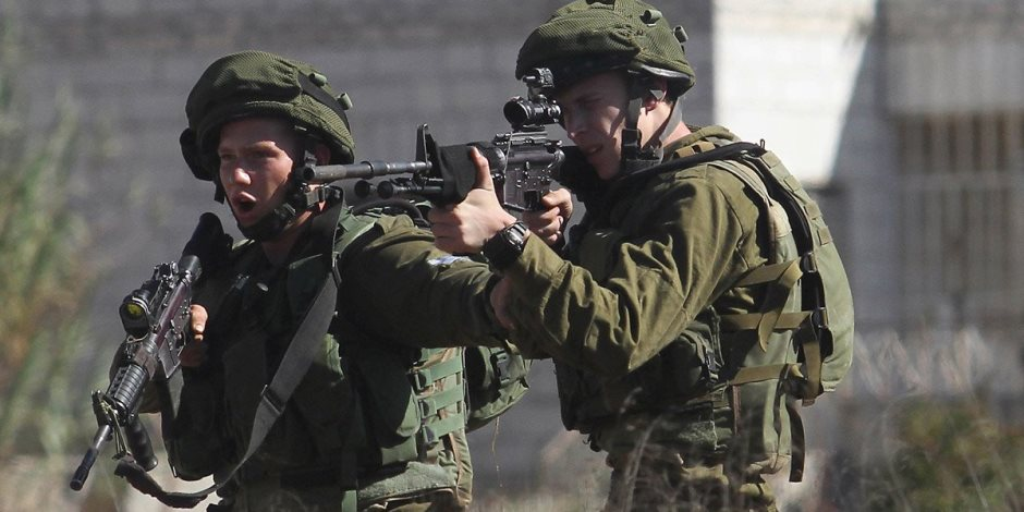 الاحتلال الإسرائيلي يعتقل 18 فلسطينيا من الضفة الغربية