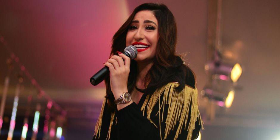 بوسي تحيى حفل ختام مهرجان «الفرانكو أراب» في شرم الشيخ