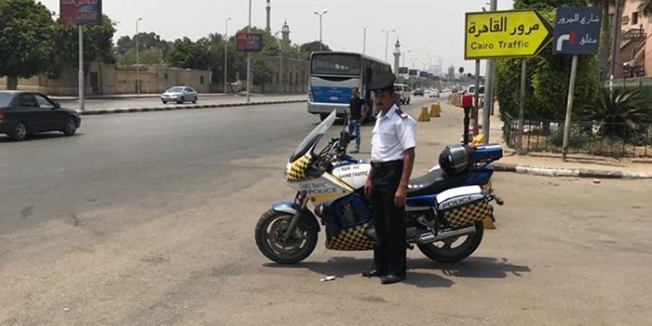النشرة المرورية.. انتظام حركة السيارات بطرق القاهرة والجيزة وسط تواجد أمنى
