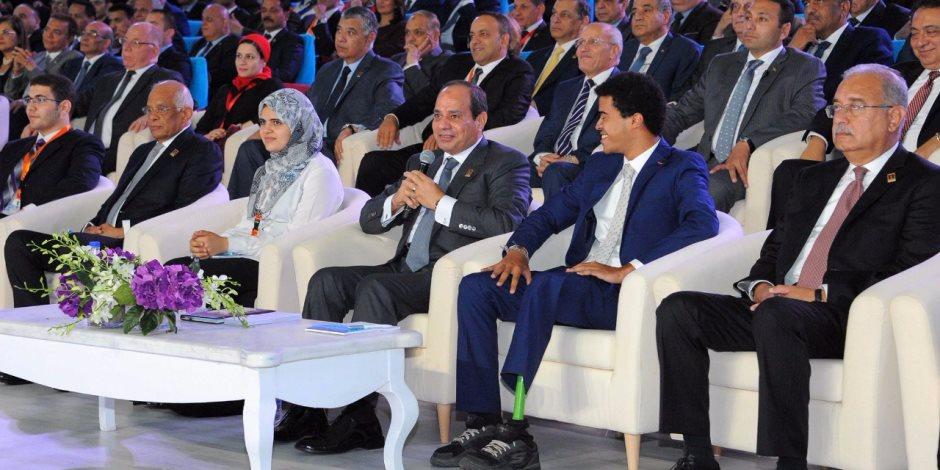 المشاركة بمؤتمر الشباب وافتتاح قاعدة محمد نجيب.. نشاط السيسي في أسبوع