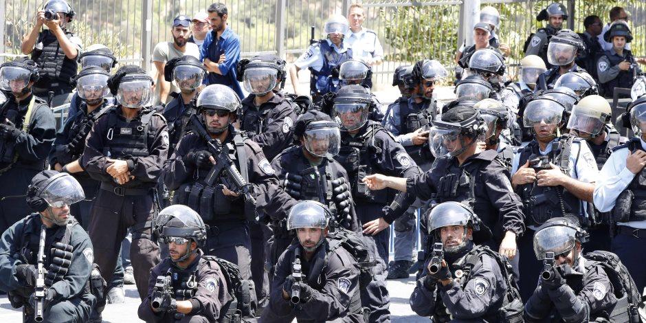 خلال تظاهرة ضد التجنيد الإلزامى.. الشرطة الإسرائيلية تعتقل 33 يهوديا وتسحل آخرين
