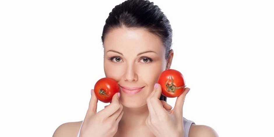 للطماطم فوائد للبشرة والشعر.. تعرف عليها