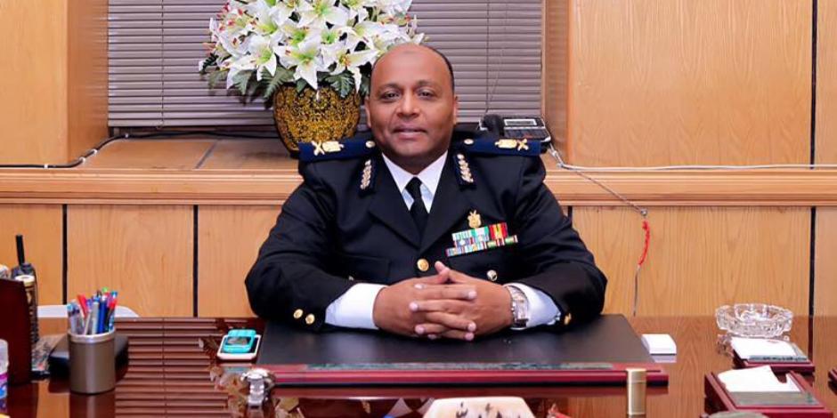 مدير أمن الغربية يتفقد خدمات تأمين الكنائس بالمحلة