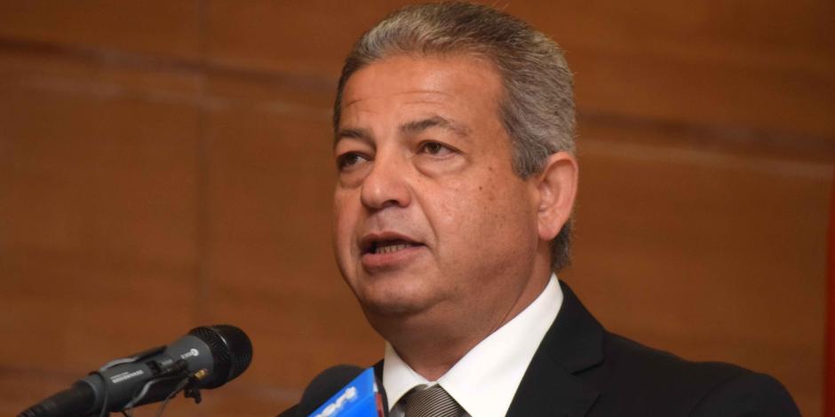 وزير الرياضة يطلق إشارة بدء ماراثون الدراجات وسباق اختراق الضاحية بالوادى الجديد