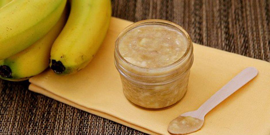 ماسك الموز وجوز الهند  للحصول على بشرة رطبة ونضرة قبل العيد