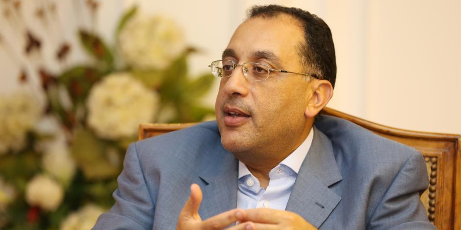 وزير الإسكان: جاري تنفيذ 8 مشروعات مياه شرب وصرف صحى بمحافظة مطروح