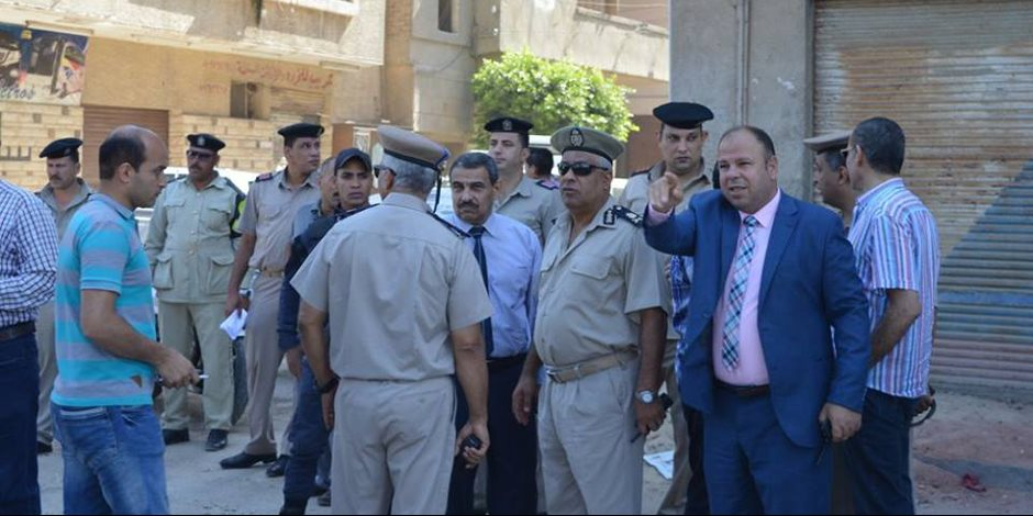 محافظ كفر الشيخ يترأس حملة لإزالة 25 حالة من العشوائيات (صور)