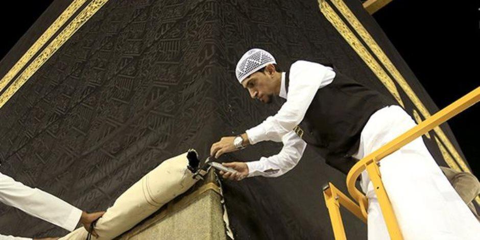 مراحل تطور «كسوة الكعبة».. بدأت قبل الإسلام وسنها النبي وتابعيه إلى يوم الدين