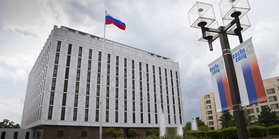 الكرملين يحذر واشنطن بشأن فرض قيود على صحفيي روسيا بأمريكا