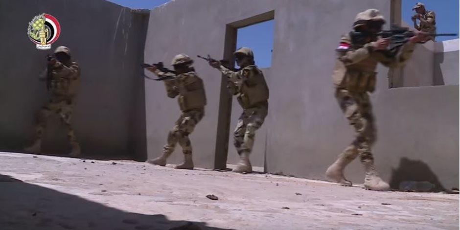 موقع وزارة الدفاع ينشر أول فيديو لتدريبات النجم الساطع بين مصر وأمريكا