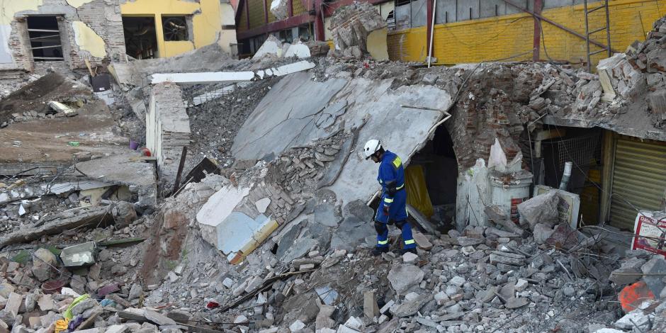 عشرات الضحايا إثر زلزال المكسيك المدمر