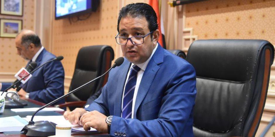 مخالفات الكبار.. علاء عابد يستشهد بحوار خالد صلاح مع وزير التنمية المحلية في مجلس النواب