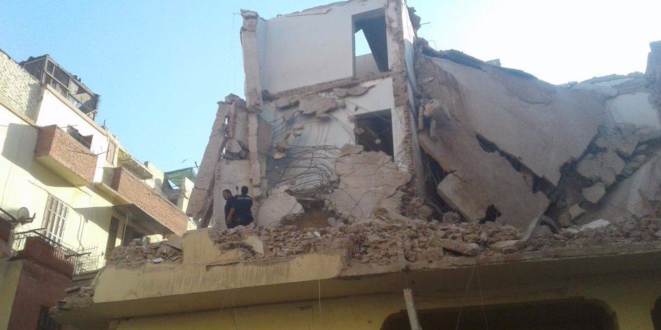 انهيار عقار بالإسكندرية.. وقوات الحماية المدنية تنقذ 4 مصابين