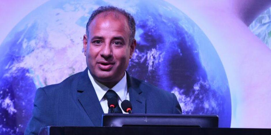 سلطان يجتمع بأعضاء الغرفة التجارية لدعم السياحة بالإسكندرية ( صور )